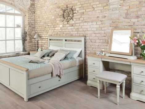 WELLS Huntingdon Bedroom range BED WITH DRAWERS