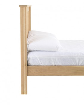 Oak Bedroom range fluted bed