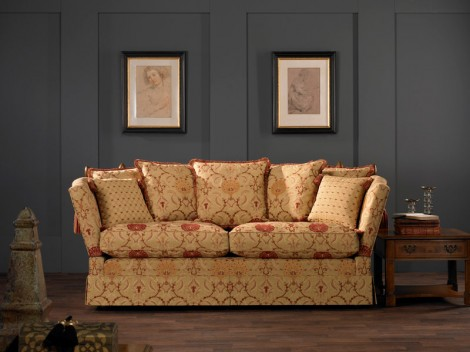 Wells Scotney Knowle Sofa Range chair